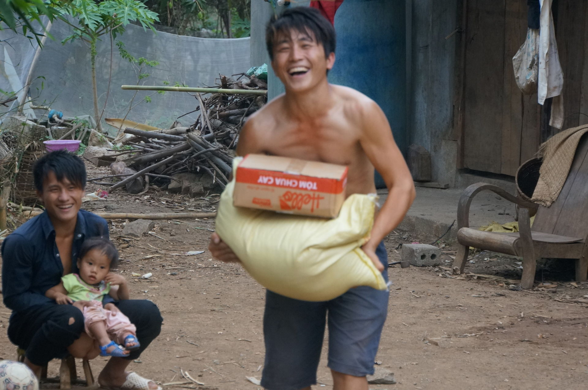 Feed Starving People brings food to a man who is truly struggling to make it through another day. The joy on his face is priceless! Son La Province, Northern Vietnam.